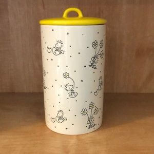 Woodstock Easter Canister, Peanuts Worlwide Inc.